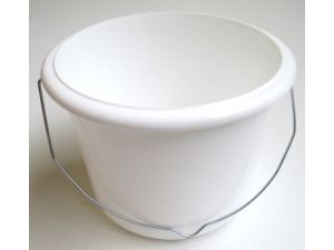 "7"" PLASTIC PAINT KETTLE 2.5L"
